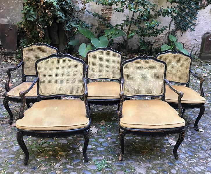 Série de 5 fauteuils estampillés d'Étienne Meunier