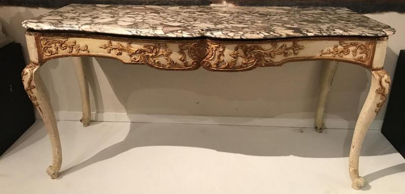 Grande table à gibier provençale