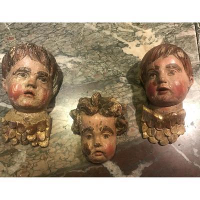 Trois têtes d'angelots XVIIème siècle
