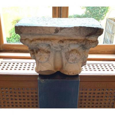 Double chapiteau en marbre époque Romane
