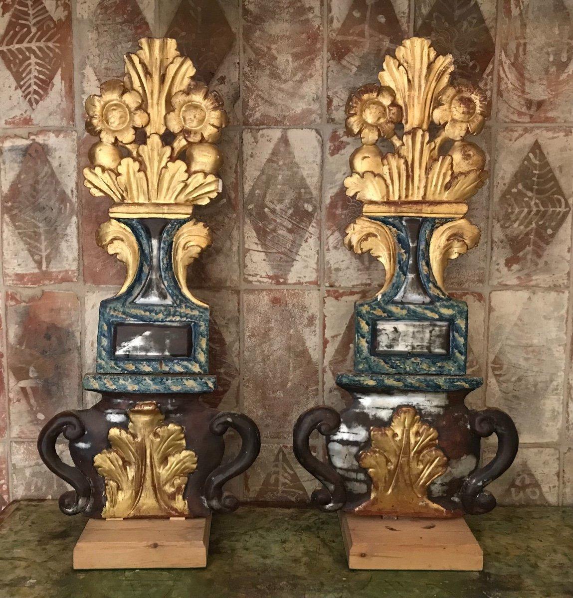 Paire de bois dorés polychromes XVIIème siècle