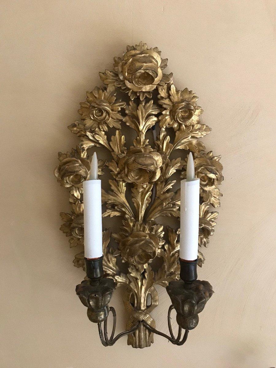 Paire d'appliques en bois doré XVIIIème siècle